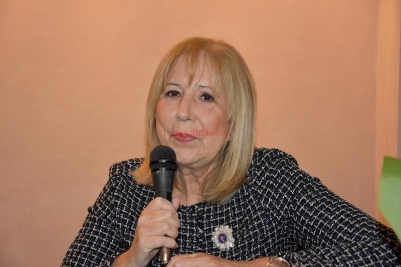 Maria T. Oliva011