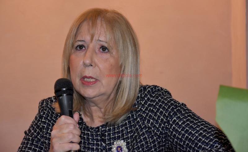Maria T. Oliva014