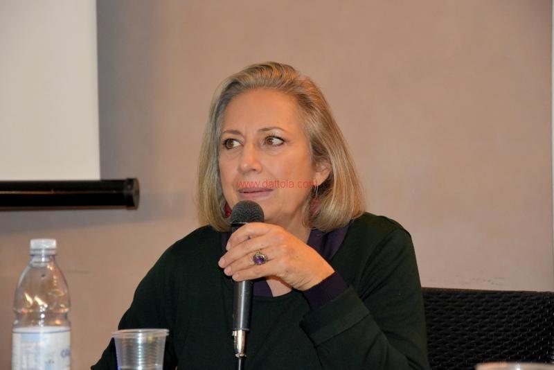 Maria T. Oliva039