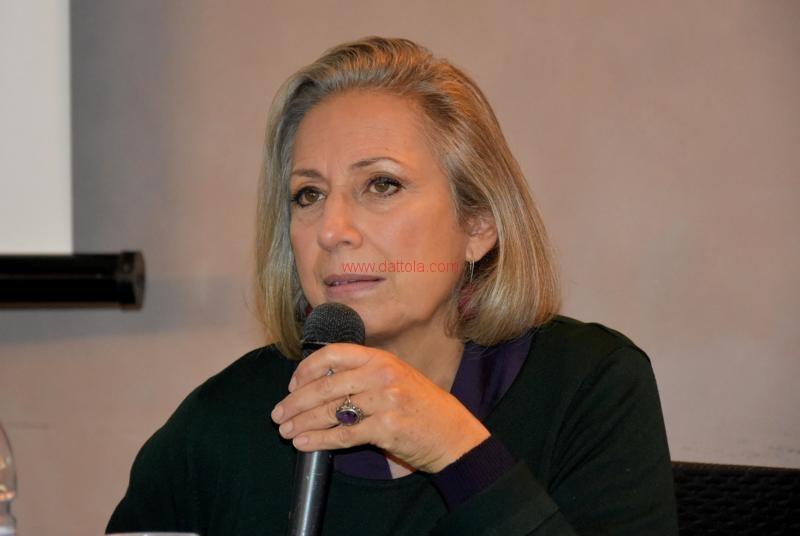 Maria T. Oliva041