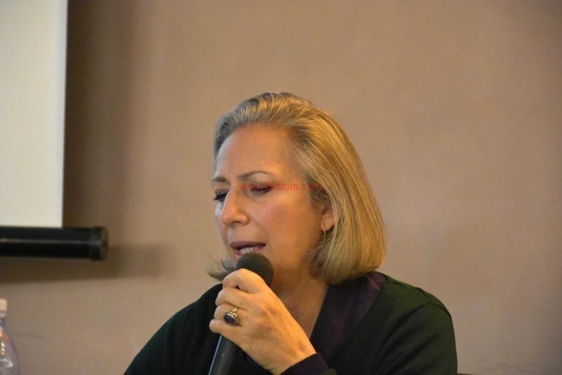 Maria T. Oliva061