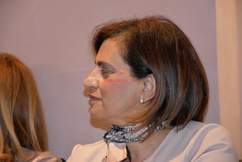 Maria T. Oliva080