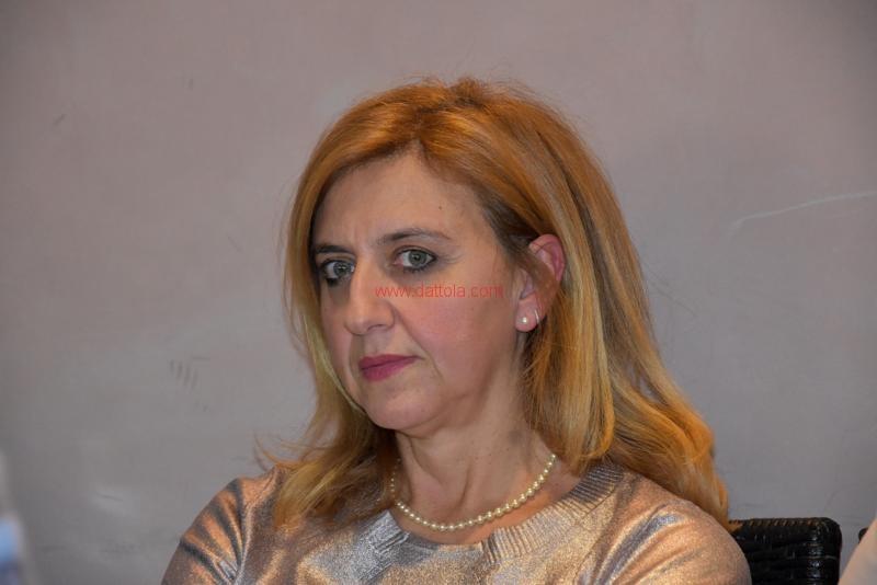 Maria T. Oliva086