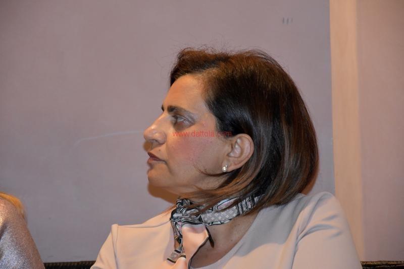 Maria T. Oliva105