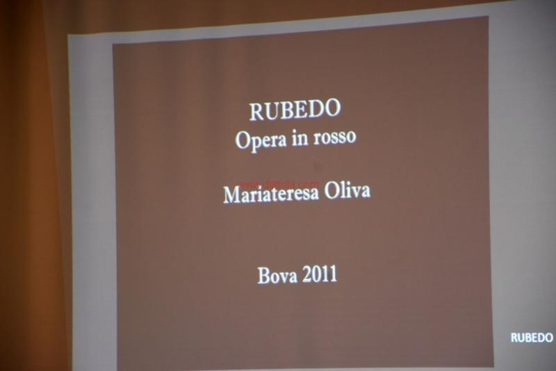 Maria T. Oliva112