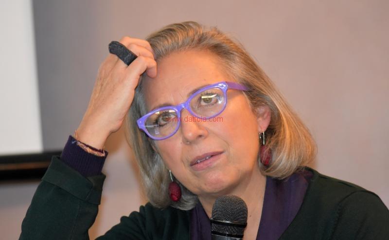 Maria T. Oliva127