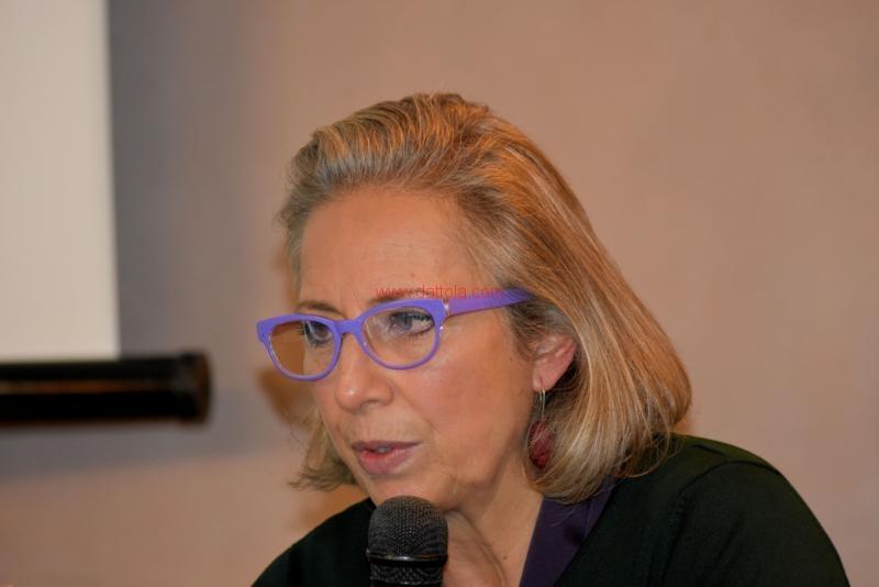 Maria T. Oliva131