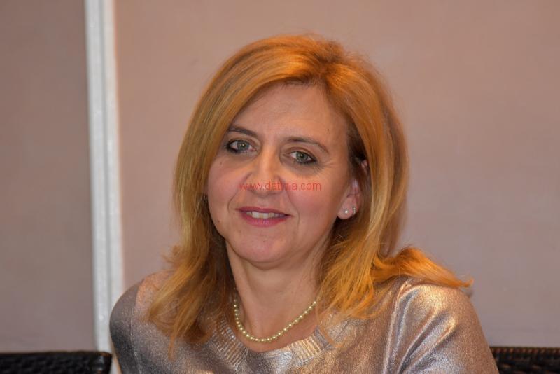 Maria T. Oliva134