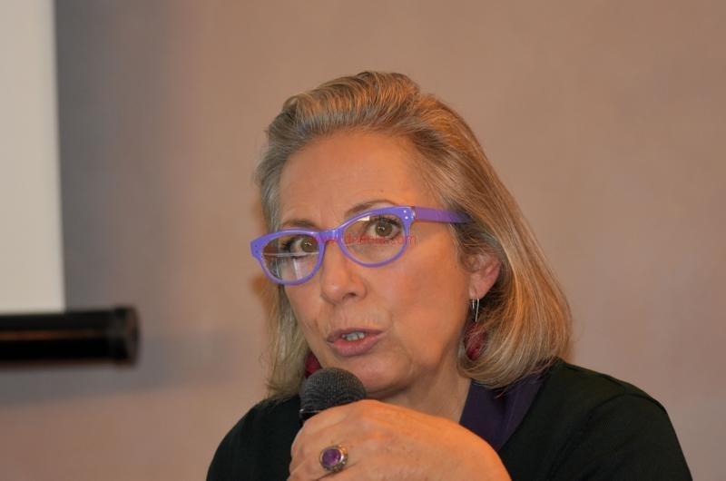 Maria T. Oliva135