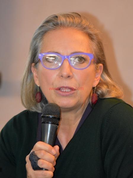 Maria T. Oliva144