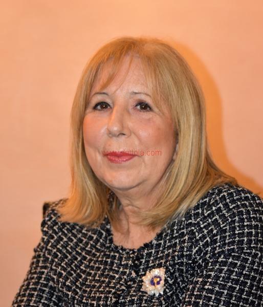 Maria T. Oliva145