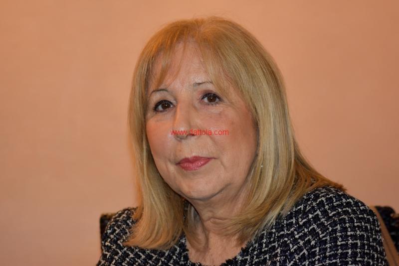 Maria T. Oliva151