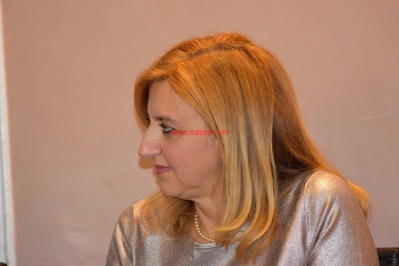 Maria T. Oliva153