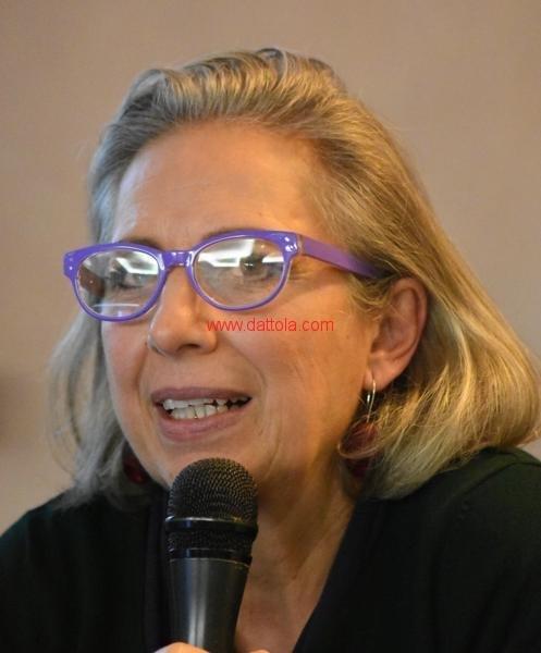 Maria T. Oliva163