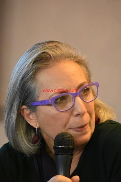 Maria T. Oliva164