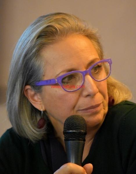 Maria T. Oliva165