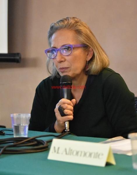 Maria T. Oliva173