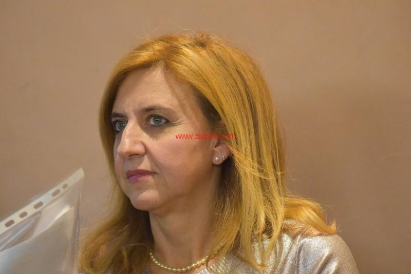 Maria T. Oliva178