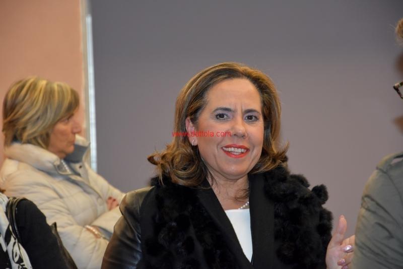 Maria T. Oliva183