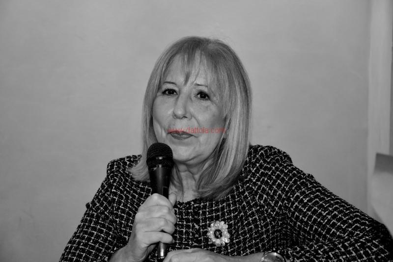 Maria T. Oliva230