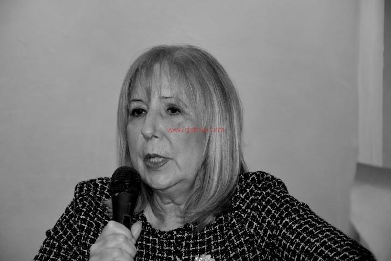 Maria T. Oliva236