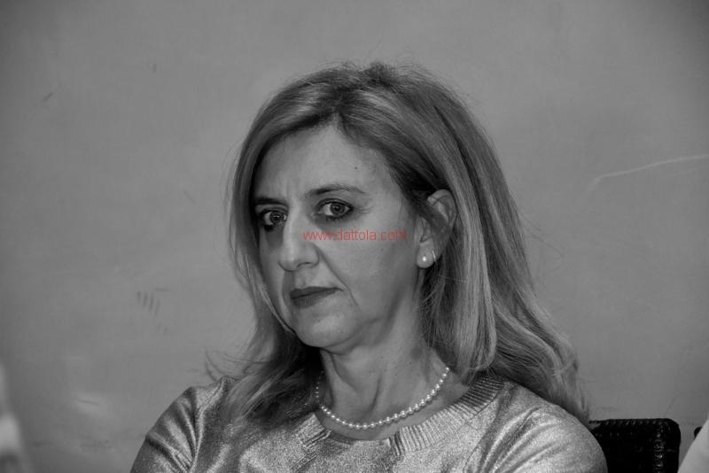 Maria T. Oliva264