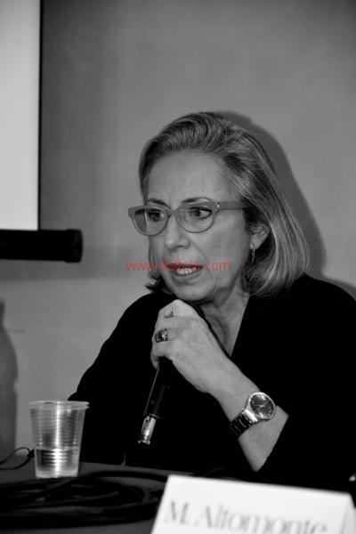 Maria T. Oliva265