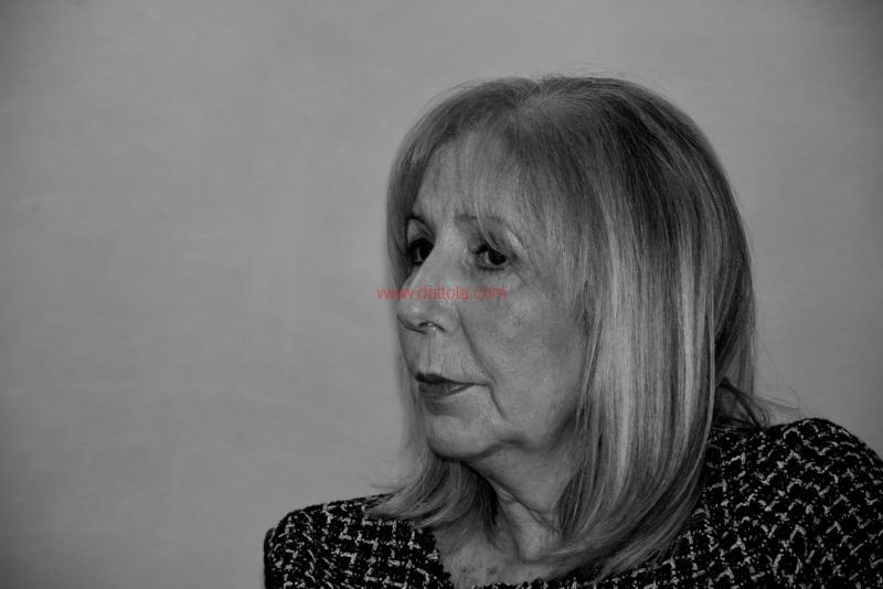 Maria T. Oliva268