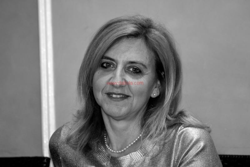 Maria T. Oliva276