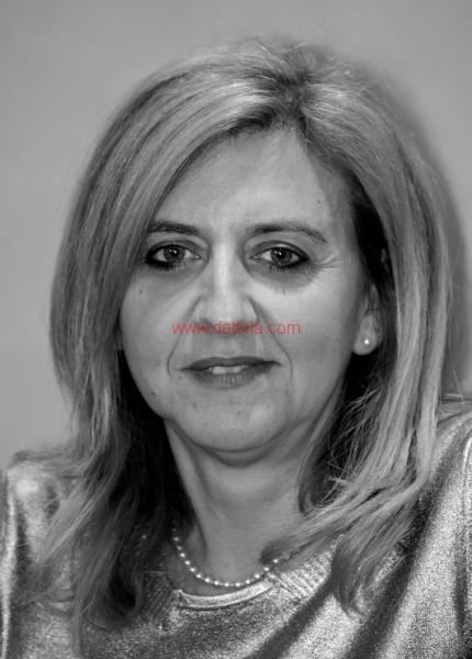 Maria T. Oliva292