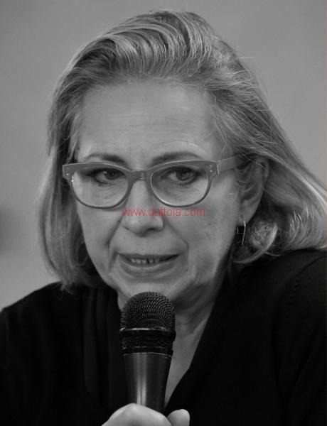 Maria T. Oliva298