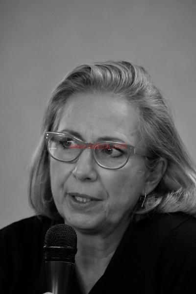 Maria T. Oliva299