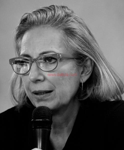 Maria T. Oliva301