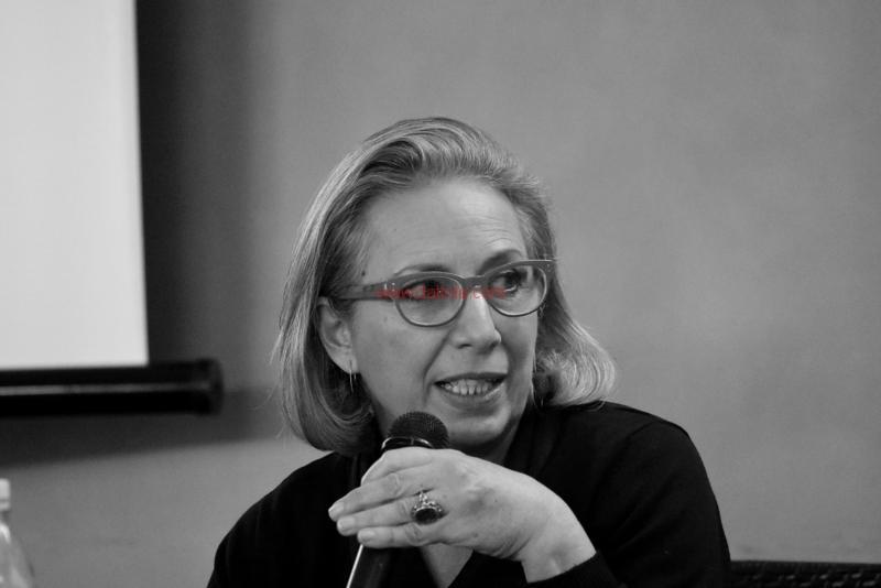 Maria T. Oliva306
