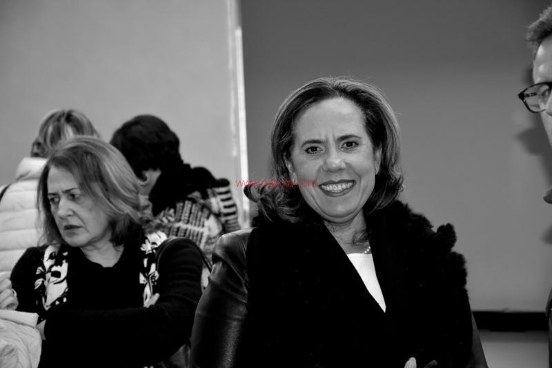 Maria T. Oliva310