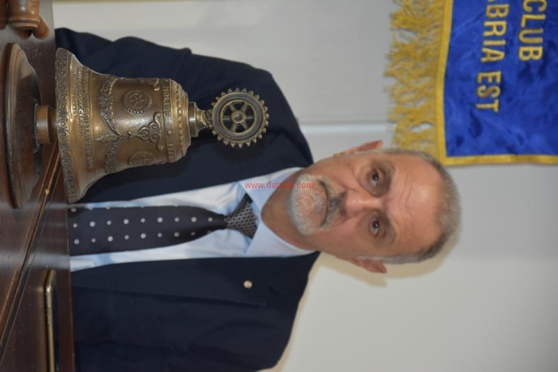 Umberto Zanotti24