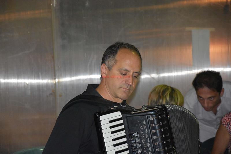 Tango Meli128