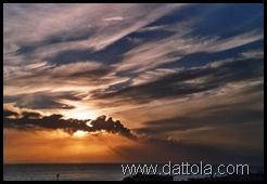 etna in eruzione tramonto