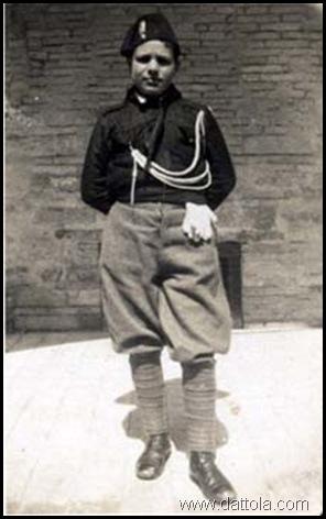 29-12-1931 LINO 15 ANNI IN DIVISA