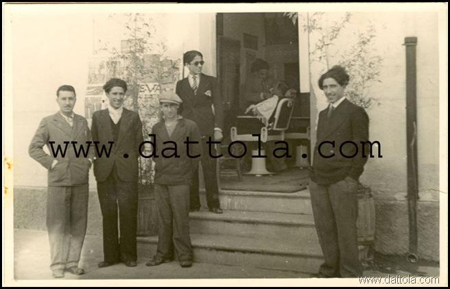 1933 SALONE DA BARBA ANDREA DEMETRIO copy