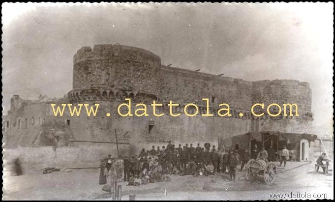 CASTELLO CON TRUPPE SALVATAGGIO_800x480 copy
