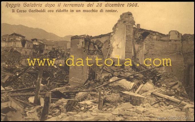 IL CORSO GARIBALDI ORA RIDOTTO UN MUCCHIO DI ROVINE_800x499 copy