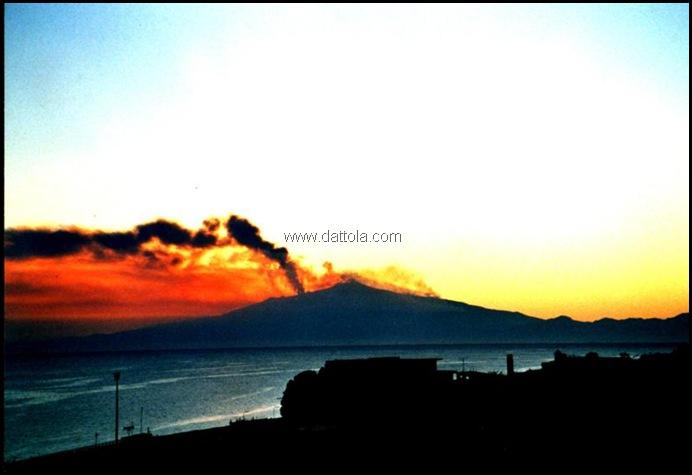 tramonto ETNA IN ERUZIONE MOD_800x546