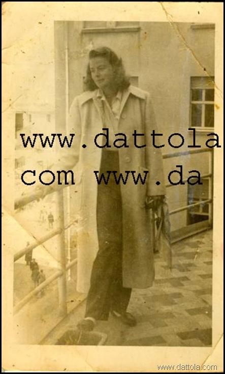 INGRID BERGMAN TERRAZZO ALBERGO MODERNO CATANZARO 4.APRILE 1949 ORE 12.30 MIGL_361x600 copy